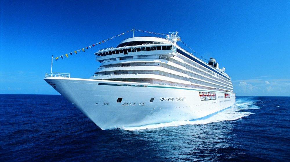 crystal-serenity-cruise-ship-will-navigate-northwest-passage-in-arctic-sea-e1472089975851.jpg