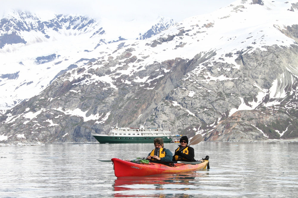 kayak-glacier.jpg