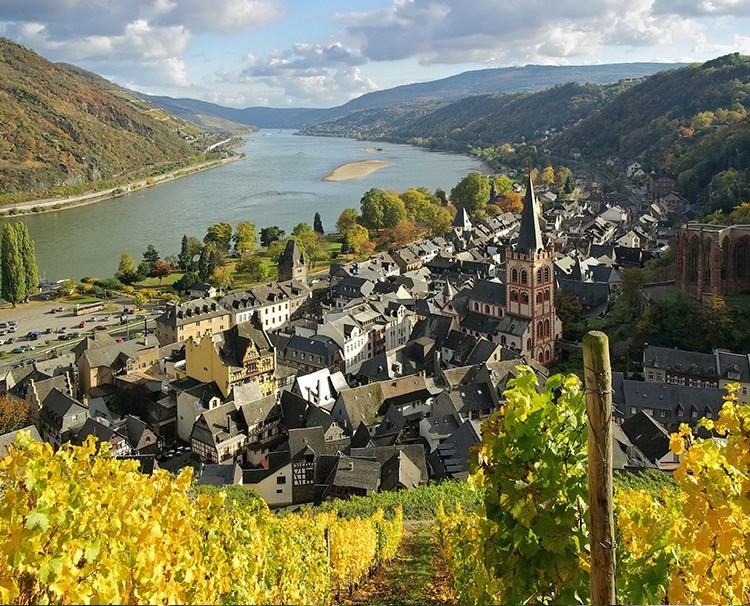 rhinemoselfairytales_GERMANY_RhineGorge_Bacharach_iStock_32462264_dailyprogram.jpg