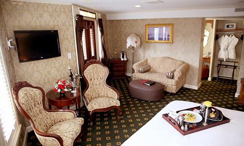 Luxury Suites with Open Verandah.jpg