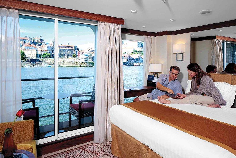 ship_19_spaciousstaterooms_gallery.jpg