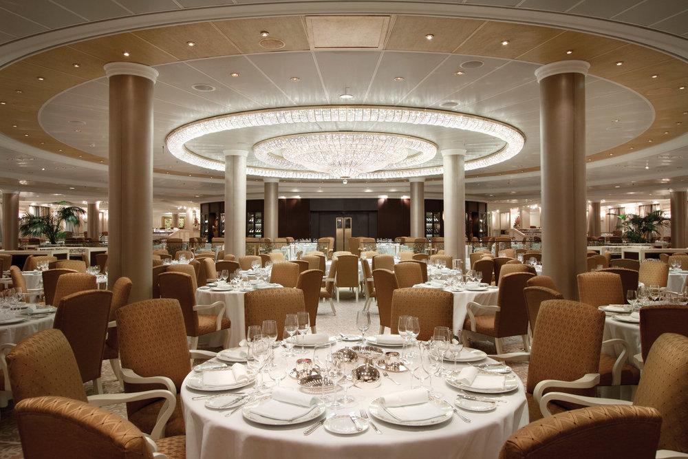 oClass-Grand-Dining-Room-2.jpg