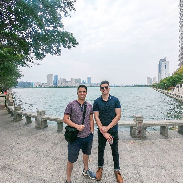 Travel with friends. There's no better feeling than sharing the experiences and pleasures of traveling with the people closest to you :) . . . #china #friends #friendship #travel #igtravel #passionpassport #wanderlust #exploremore #travelawesome #beautifuldestinations #abmtravelbug #travelblogger #traveler
