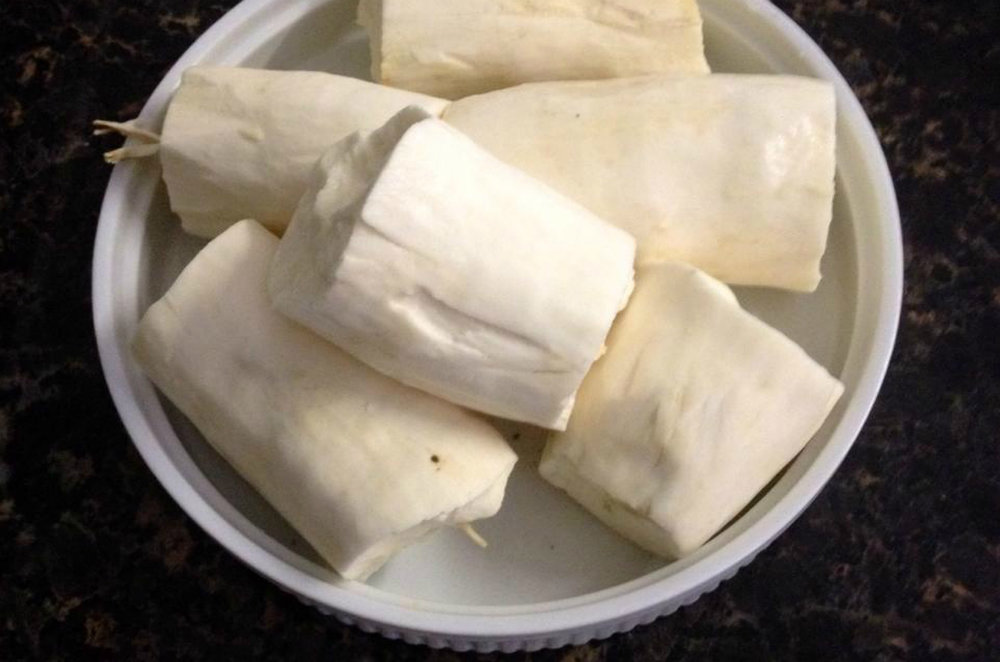 Pealed cassava ready to be cooked. Photo by:  eltpics/Flickr