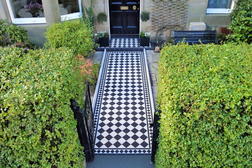 Original Style - VFT - Dorchester in Black and Dover White_2.JPG
