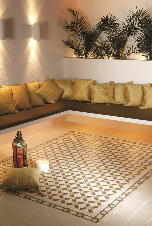 Original Style_Odyssey_Alhambra 8111V & Iberan Border 8112V & 8113_2.jpg
