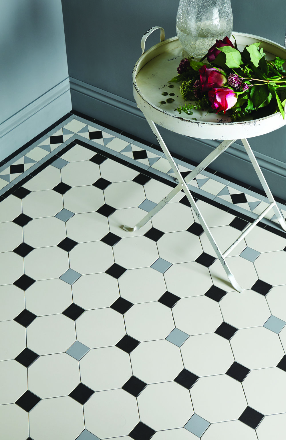 Original Style - VFT - Nottingham pattern with Conrad border in Dover White, Black and Grey  2.jpg