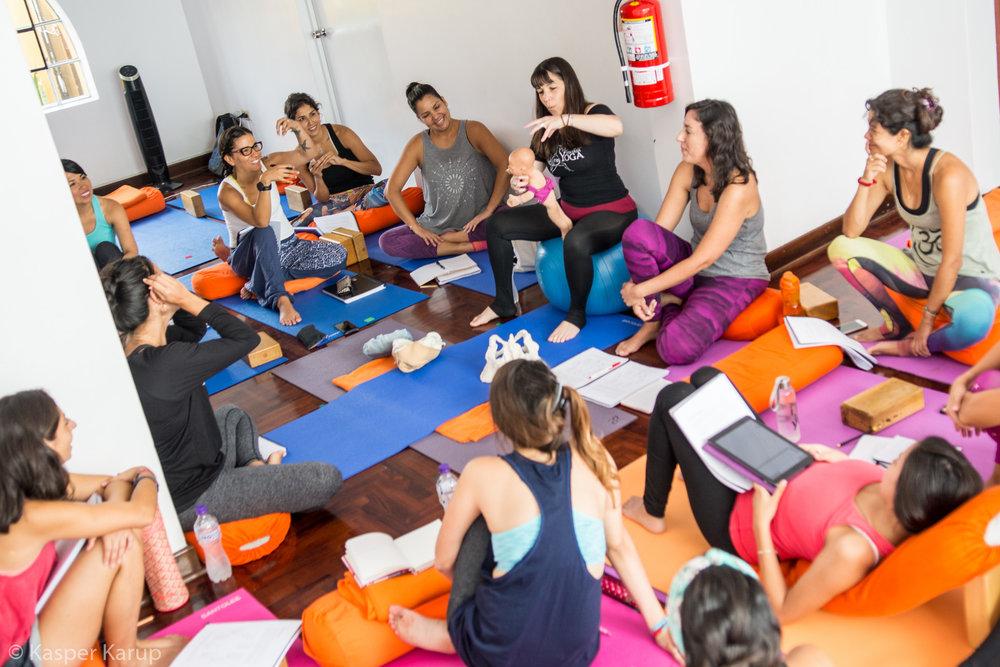 Prenatal Yoga teacher-training at Lima Yoga