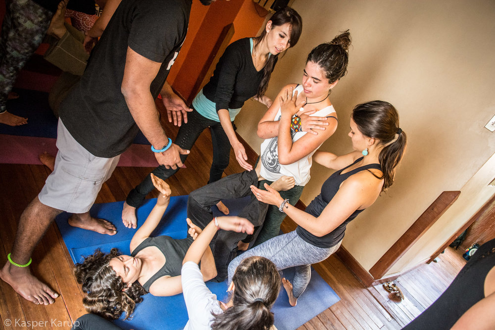 Acroyoga Yoga Room Cusco-9 (1).jpg