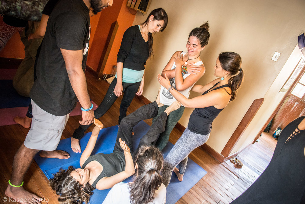 Acroyoga Yoga Room Cusco-10 (1).jpg