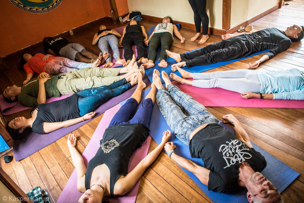 Acroyoga Yoga Room Cusco-13.jpg