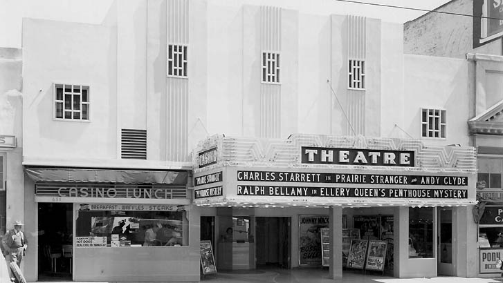 theatre11.jpg