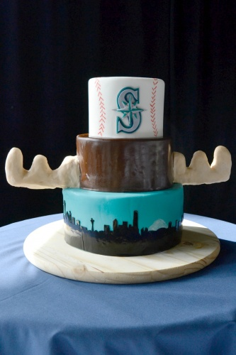 Mariners Cake | The SweetSide | Seattle Custom Cakes and Dessert