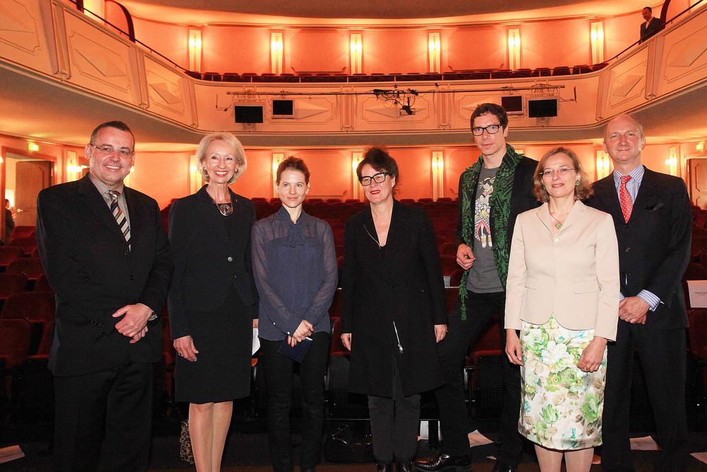 Gruppenbild von der Preisverleihung 2011