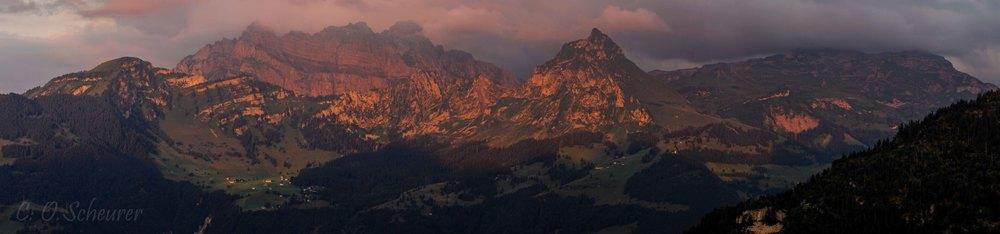 Nüenchamm 1904 m, Mürtschenstock 2440 m, Fronalpstock 2123 m