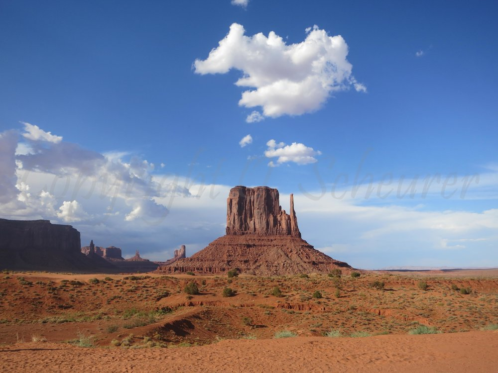 Angels on Monument Valley, USA