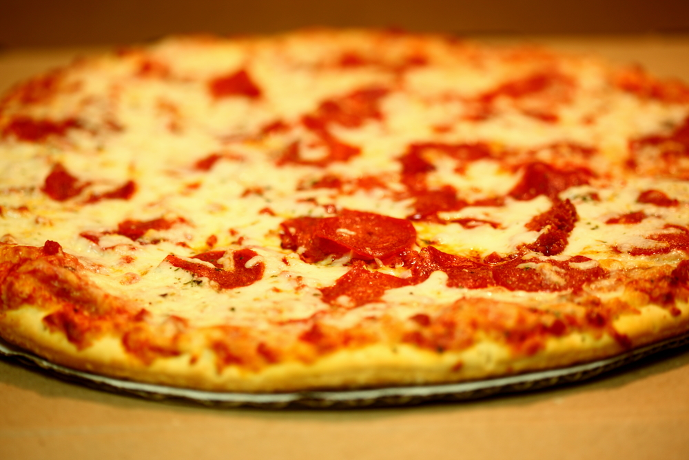 chees-and-pepperoni-pizza.jpg