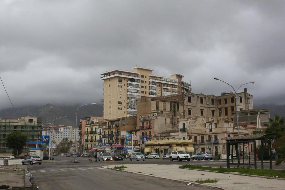 Gorgeous downtown Palermo. Photo by Robert Manor.