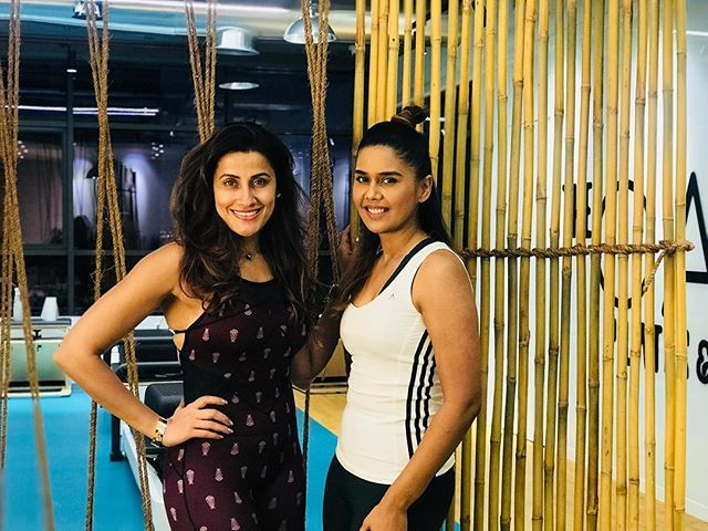 I'm not good with gym routines and to stay committed to something I really don't enjoy is not my cup of tea. However I have learned in my fitness journey, to stay committed to exercise you need to pick something you ENJOY. I've discovered after my Pilates class with celebrity coach @yasminkarachiwala that my 1hr training left me with corrected posture, feeling relaxed, elated and i felt the exercises workin after just the first session. I think I've found my pick. @dubaifitnesschallenge here I come!! @thepaddxb @yasminkarachiwala #yasminkarachiwala @mydubai #mydubai #dubai30x30