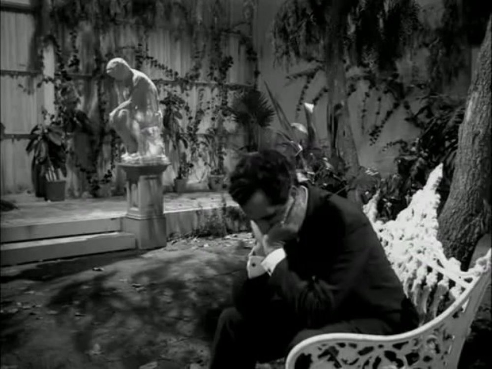 From The Vampire's Coffin (1958)—featured in WALLFLOWER