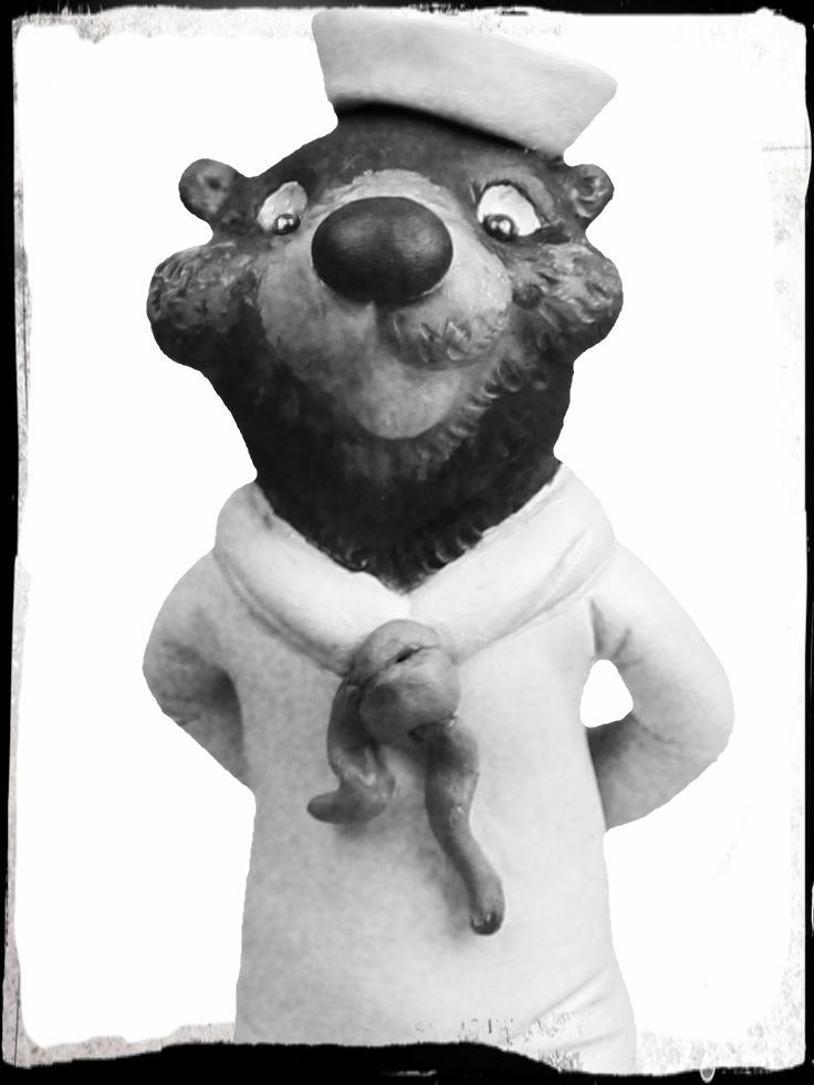 Otter BW.jpg