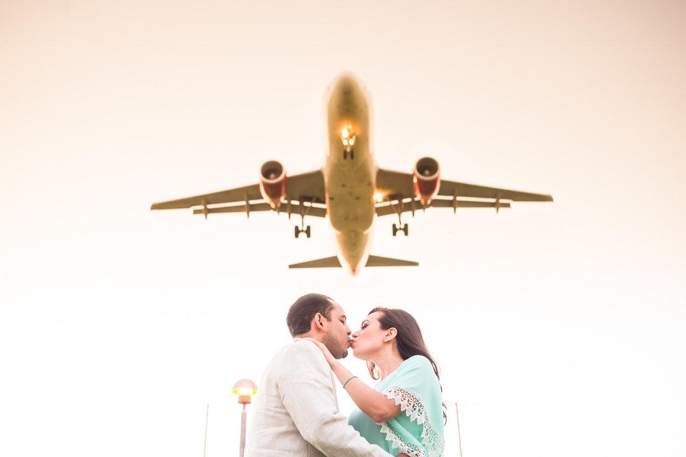 Dallas Engagement Session - Love Field - Dallas, TX