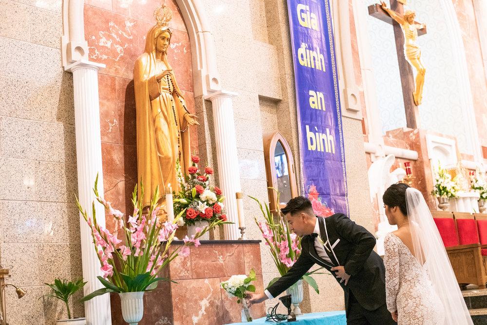 Vietnamese_Martyrs_Catholic_Church-2268.jpg