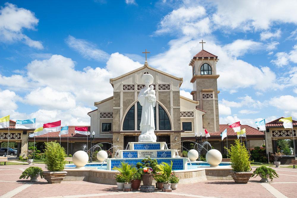Vietnamese_Martyrs_Catholic_Church-20566.jpg