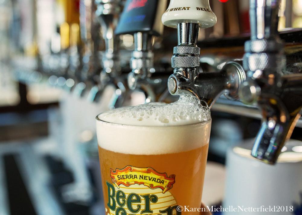Beer_Tap_Pkwy_Tavern©KarenMichelleNetterfield2017.jpg