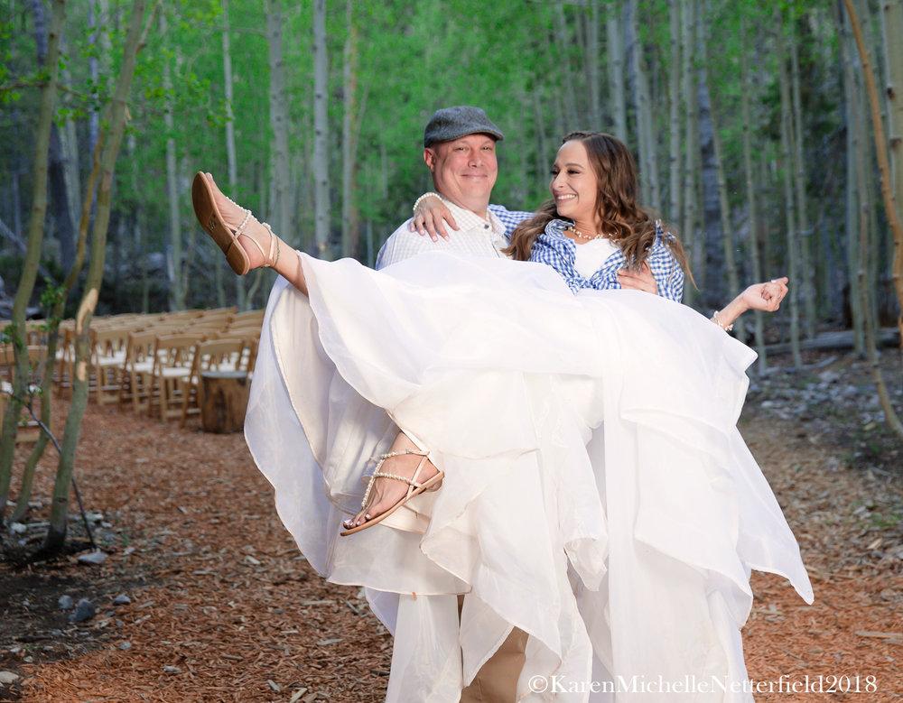 Wedding_Mount_Charleston_Hotel_Couple©KarenMichelleNetterfield2017.jpg