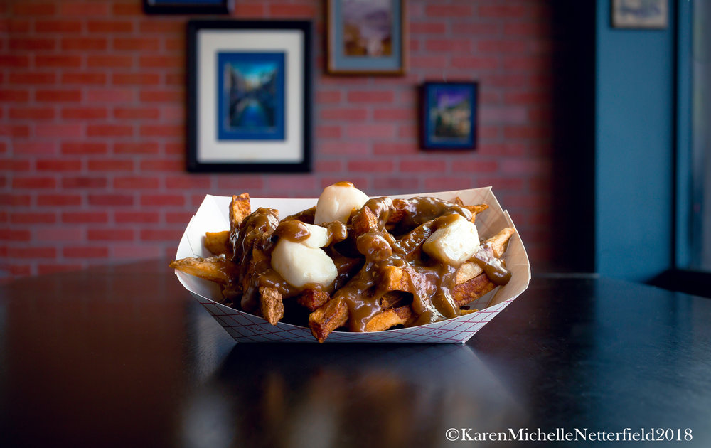 Poutine_The_House_of_Frites_Lunch Special_2©KarenMichelleNetterfield2018.jpg