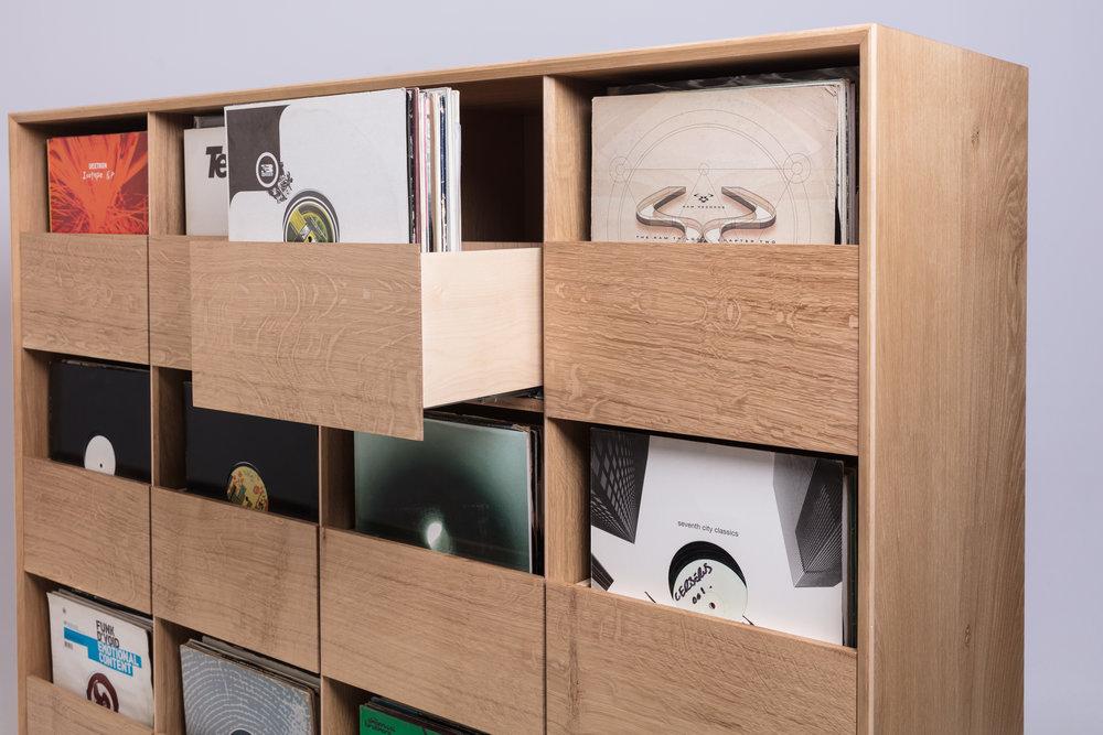 Oak vinyl cabinet