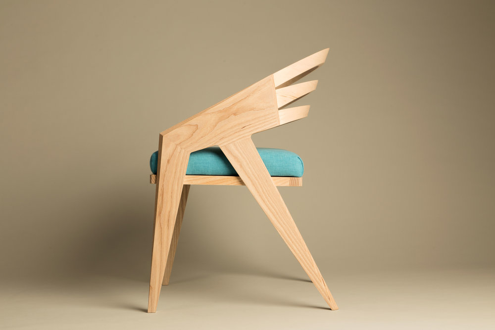 Rhipidura chair