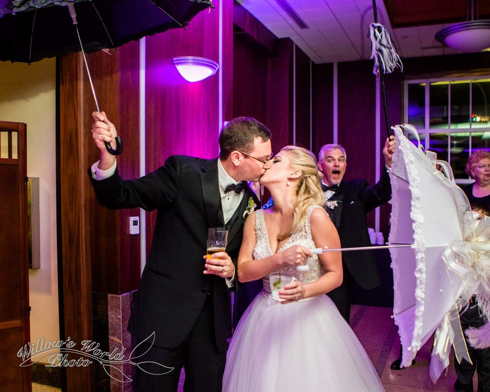 New Orleans Wedding Photos Messinas at the Terminal Willows World Photo-22.jpg