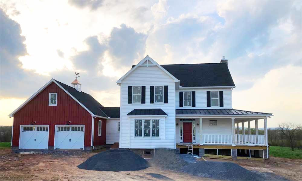 R&W Tablerock Farmhouse