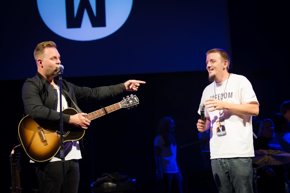 8KEyj3pdTkyD18WEGWse_Matthew_West_SVT_concert_at_Winchester_Church_of_God-Matthew_West_SVT_-0146.jpg