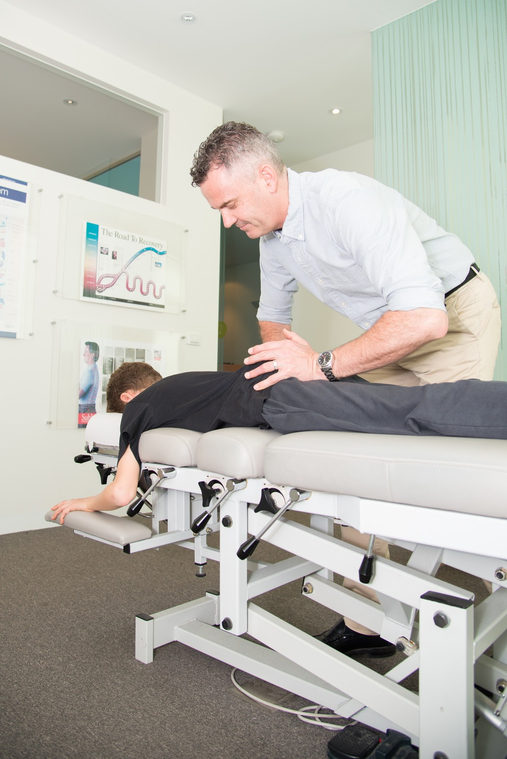 Thompson Chiropractic Technique uses a specialised table to allow a quick, gentle adjustment.
