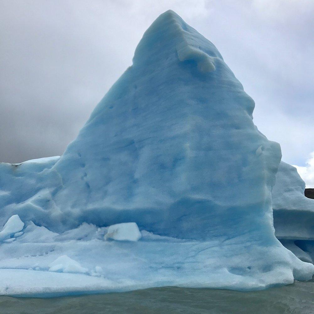 Gre Glacier iceberg 2.JPG