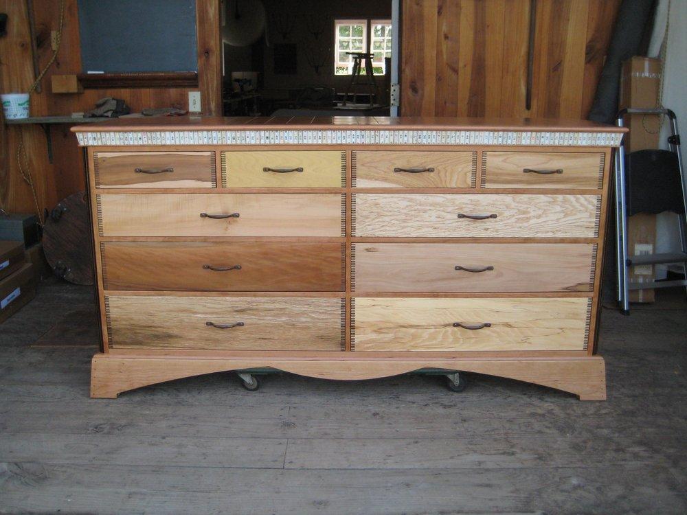 dresser-dolnick-002.jpg