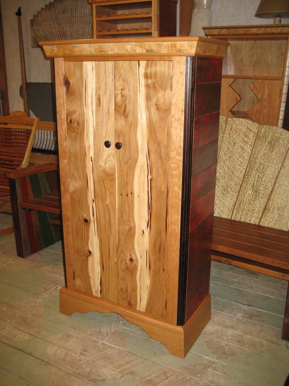 cabinet-hayes-002.jpg