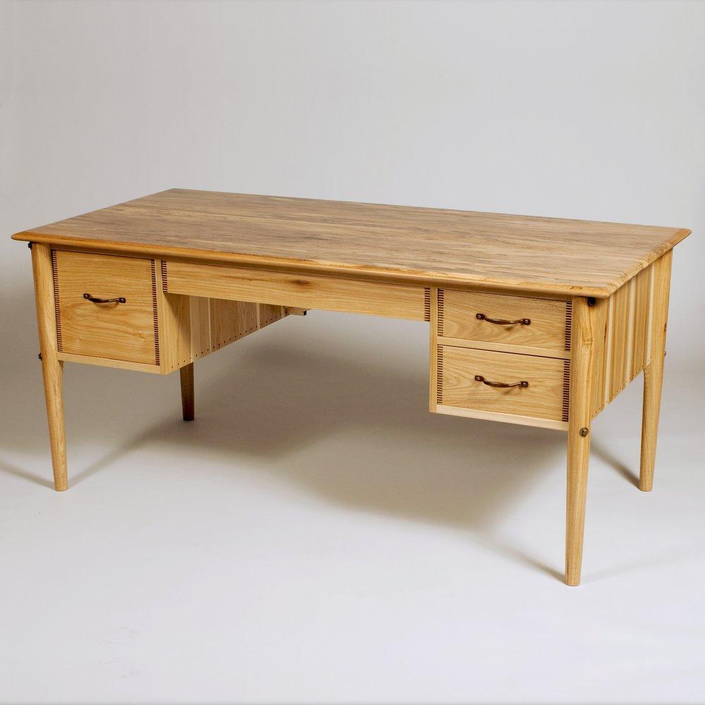 desk-baird-brown-002.jpg
