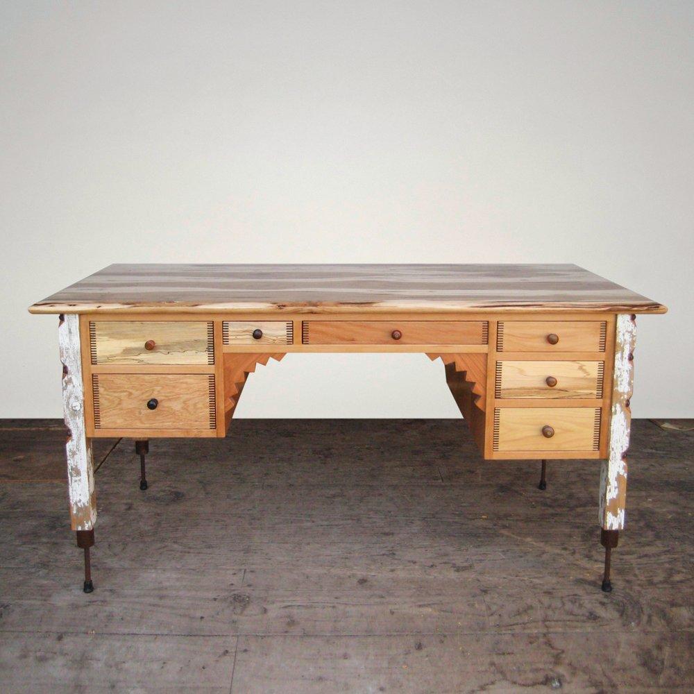 desk-eberbach-001.jpg