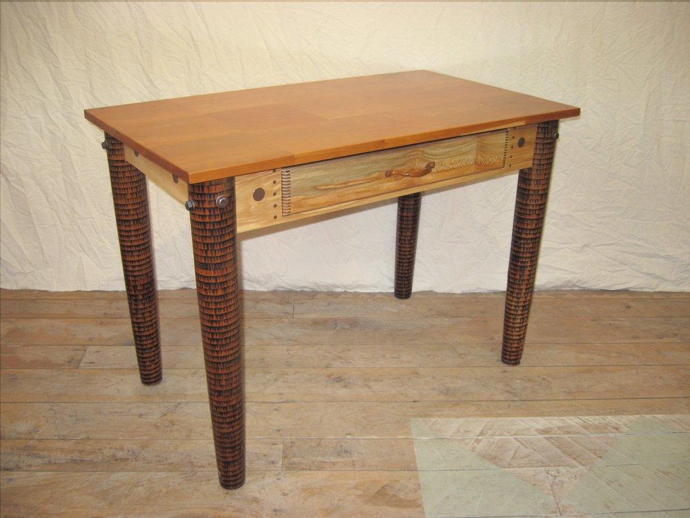 Little desk:front.jpg