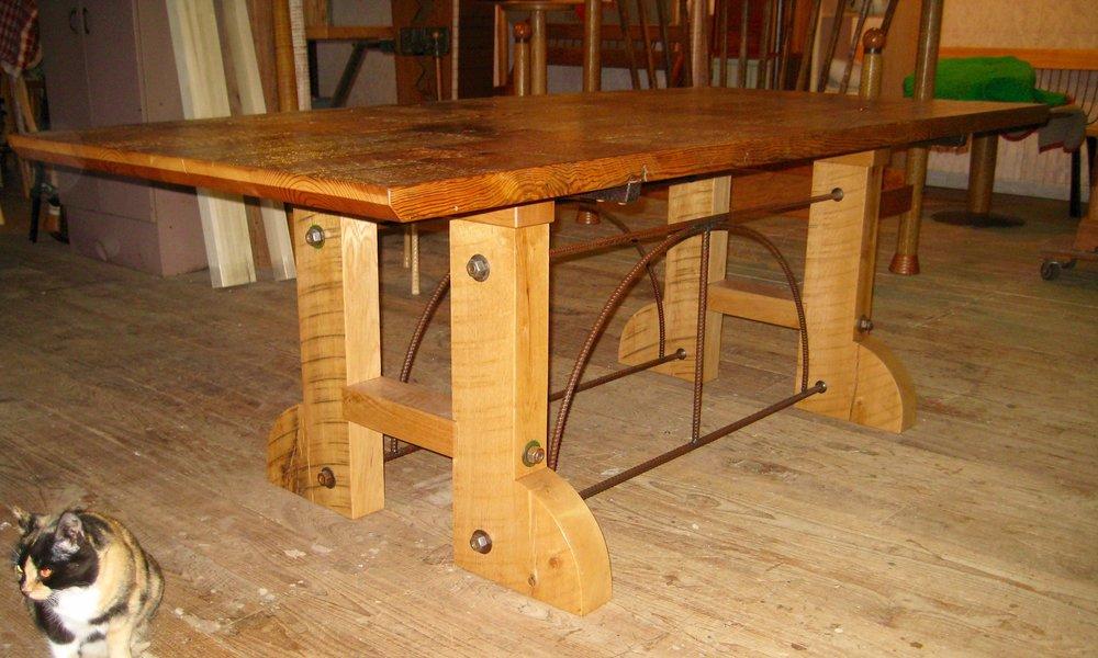 dining-table-schiffman-002.jpg