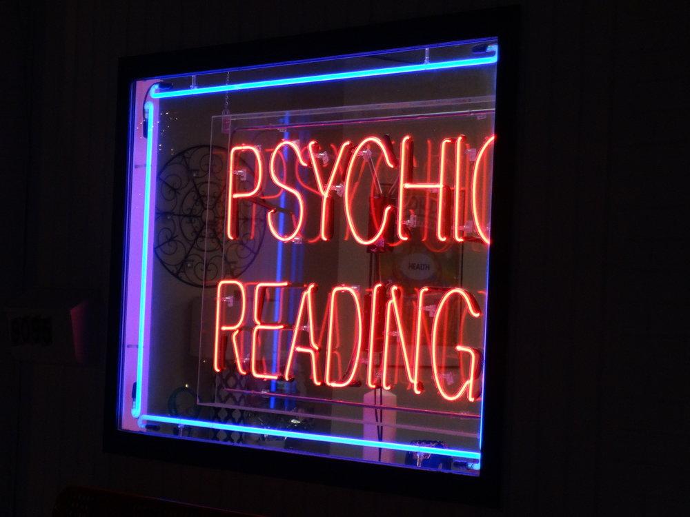 Nadia's_Psychic_Readings_01.JPG