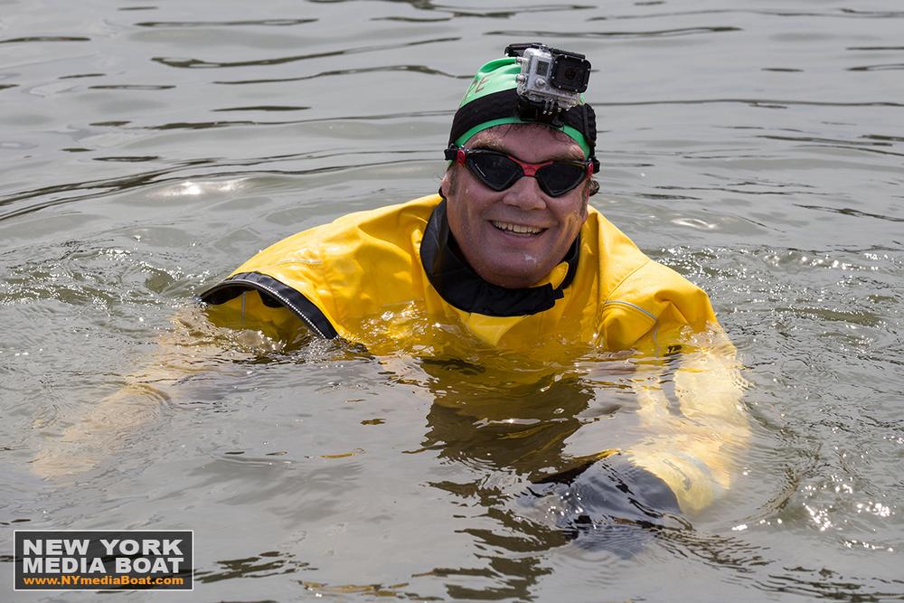 20150422_NewYorkMediaBoat_Gowanus_Swim-1310_1200wm.jpg
