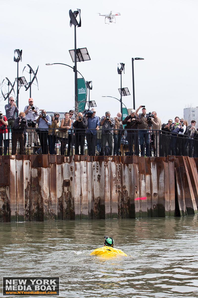 20150422_NewYorkMediaBoat_Gowanus_Swim-1334_1200wm.jpg
