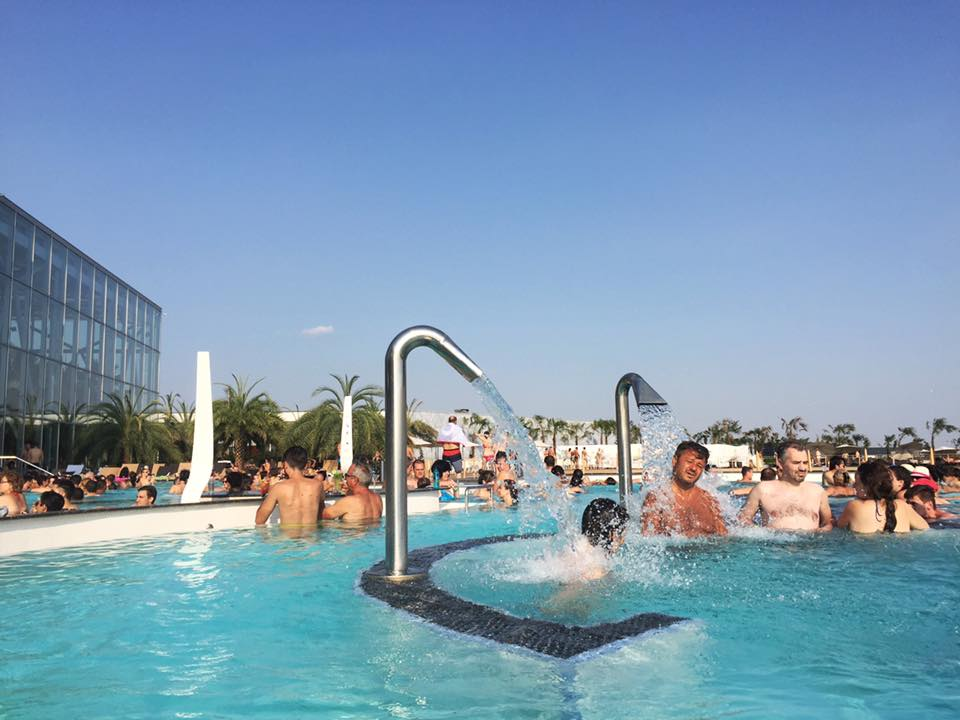 The Therme is open all year round, and the water is heated.