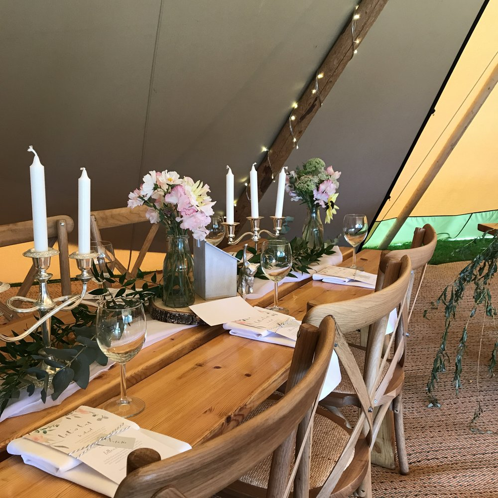 Tipi wedding styling