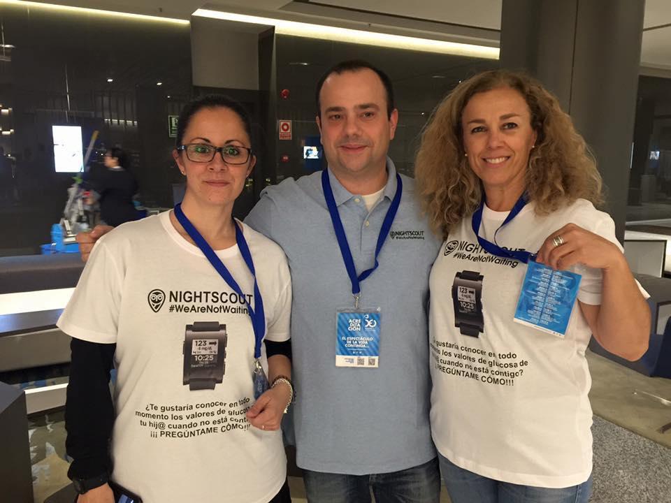 Nightscout Spain faculty at the ready (Elena Villa, Jesus Berian & Mar Valera).